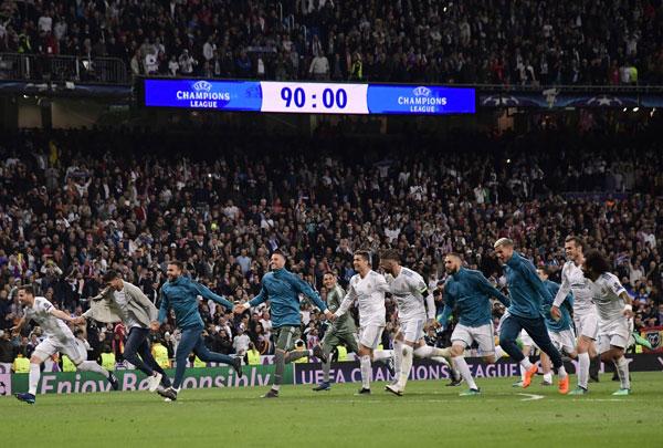 Champions League là đấu trường duy nhất cứu vớt danh dự cho Real sau khi đội bóng để kình địch Barca vô địch La Liga trước 4 vòng đấu và bị loại khỏi Cup nhà vua.