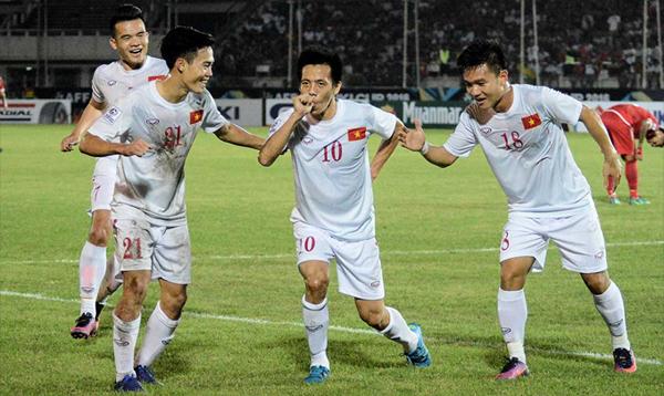 Văn Quyết và đồng đội đặt mục tiêu vào chung kết AFF Cup 2018.