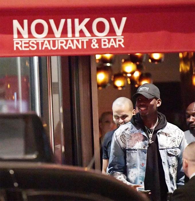 Nhà hàng nổi tiếng cũng thu hút cả những cầu thủ mới như Pogba...