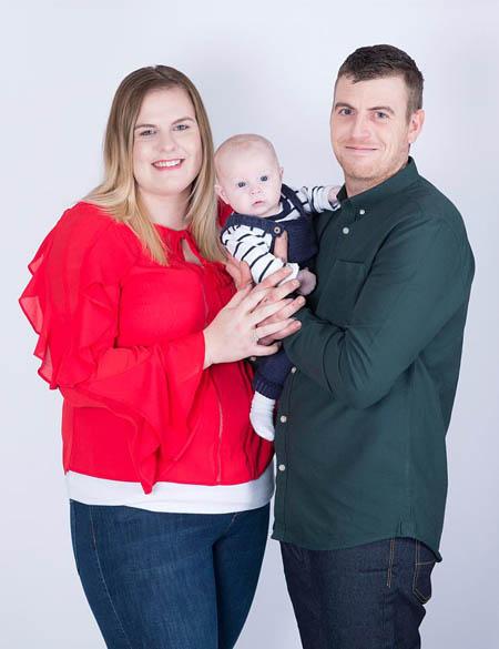 Con trai của cặp đôi hiện đã 6 tháng tuổi. Ảnh: The Sun.