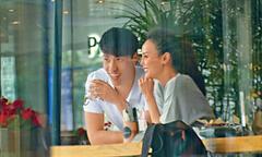 Hoa hậu Hong Kong 42 tuổi trẻ đẹp hơn vì yêu chàng trai 28 tuổi