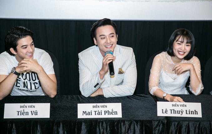 Diễn viên Tiến Vũ từng gây ấn tượng với vai chàng lãng tử Đông Hồ trong Tháng năm rực rỡ cũng góp mặt trong dàn diễn viên đóng Em gái mưa.