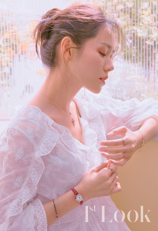 Cận cảnh nhan sắc tự nhiên của Chị đẹp Son Ye Jin