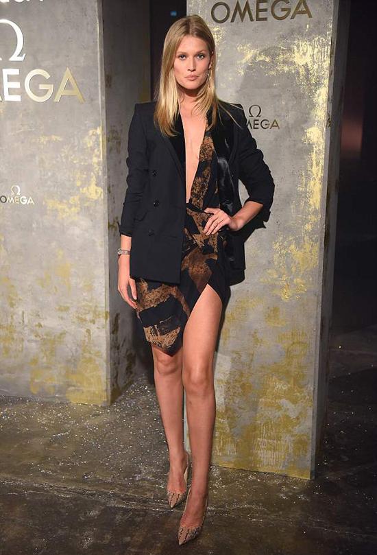 Người mẫu Toni Grarrn cũng tham dự sự kiện này.