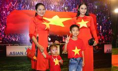 Kiều Trinh và 3 con mặc áo đỏ sao vàng dự ra mắt phim
