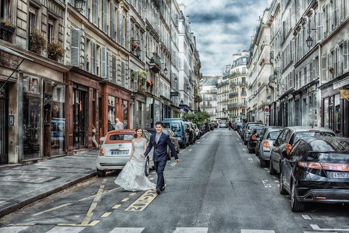 Bối cảnh đẹp cũng là nguồn cảm hứng cho cô dâu chú rể phiêu trước ống kính.