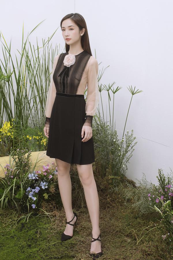 Bộ ảnh được thực hiện với sự hỗ trợ của nhiếp ảnh Milor Trần,  stylist Mì Gói, trang điểm Hiwon.