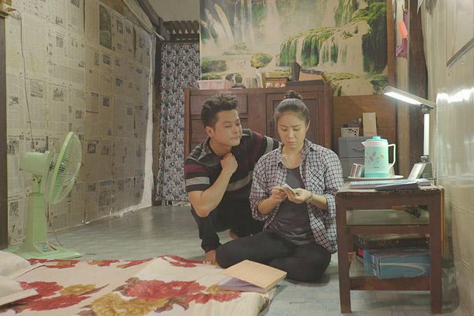 Lần đầu làm chồng của Lê Phương trên màn ảnh nhỏ, Hoàng Anh tâm sự rằng, nhân vật có rất nhiều điểmđáng ghét khi biết vợ sống tằn tiện nhưng lại thường xuyên tìm cách moi tiền từ vợ.