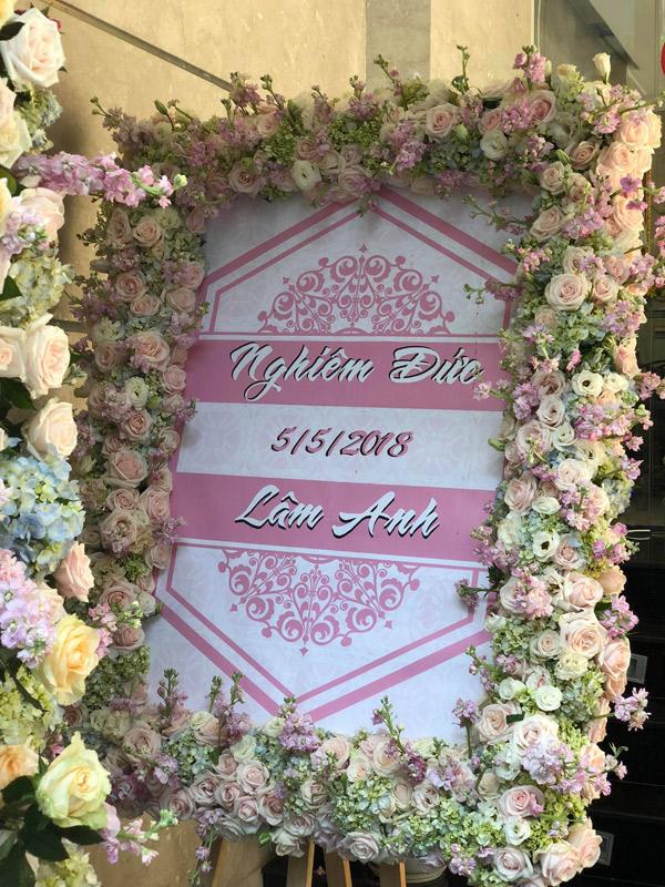Đám cưới Diệp Lâm Anh trang hoàng chủ đạo bằng hoa hồng - 1
