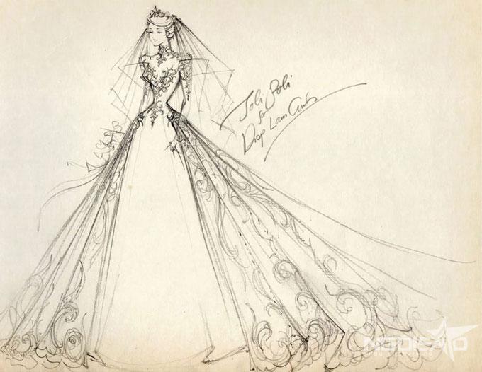 Tổ chức tiệc cưới trong không gian của một khách sạn hạng sang tại TP HCM, Diệp Lâm Anh đã chia sẻ mong muốn về bộ lễ phục mang phong cách sang trọng, tinh tếvới nhà thiết kế Phạm Đặng Anh Thư khoảng vài tháng trước hôn lễ.