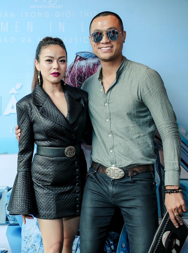 Diễn viên Quang Hòa từng đổ vỡ hôn nhân nên rất đồng cảm với thông điệp Hải Yến gửi gắm trong sản phẩm mới.