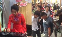 Bạn bè 'quẩy' tưng bừng khi cô dâu làm DJ trong đám cưới