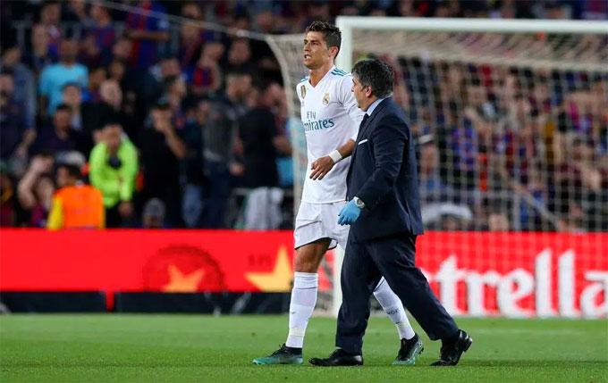 Các fan Real Madrid lo lắng cho tình hình của C. Ronaldo bởi đội bóng bước vào trận chung kết Champions League gặp Liverpool ngày 27/5 tới.