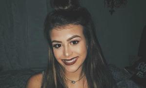 Tháo dây an toàn để selfie, thiếu nữ 16 tuổi thiệt mạng trong tai nạn xe hơi