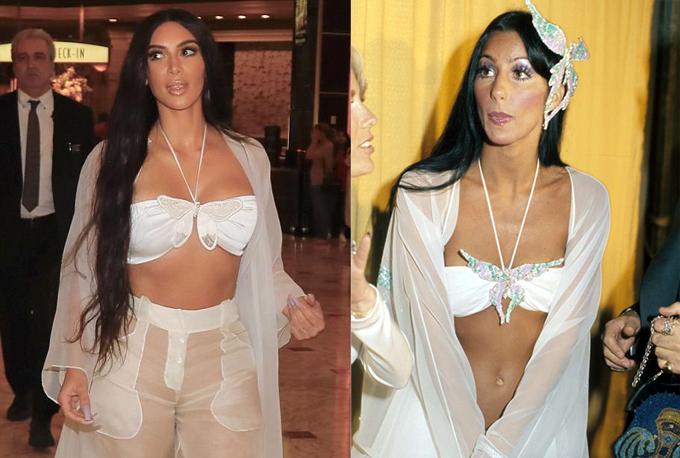 Không ít người nhận ra trang phục của Kim lấy cảm hứng từ bộ đồ Cher đã mặc tại lễ trao giải Grammy 1974. Giọng ca Believe từng là một trong những nữ nghệ sĩ mở đầu trào lưu mặc đồ xuyên thấu và bodysuit.