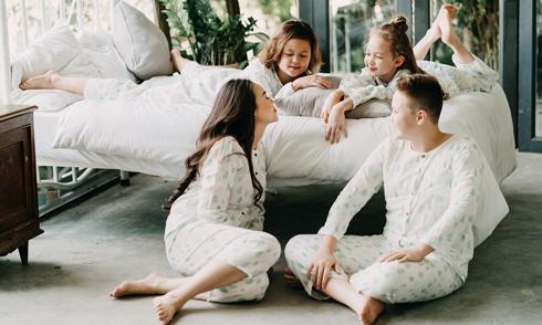 Ba con của cựu người mẫu Ngọc Nga đều mê nghệ thuật