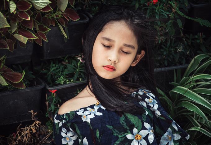 Con gái Minh Tiệp được nhiều người khen càng lớn càng xinh đẹp, đáng yêu.