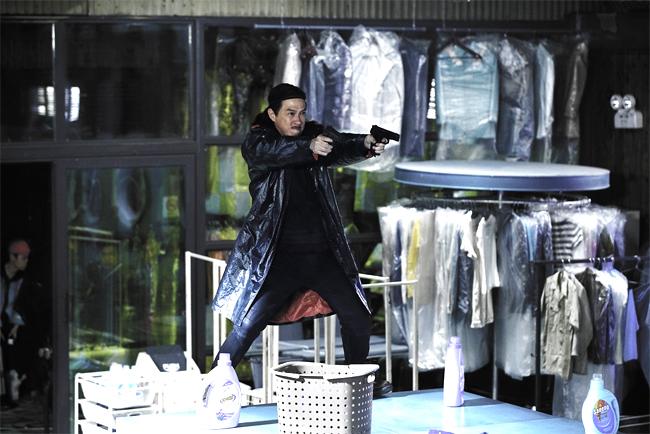 Trương Gia Huy trong bộ phim Nhân Chứng.