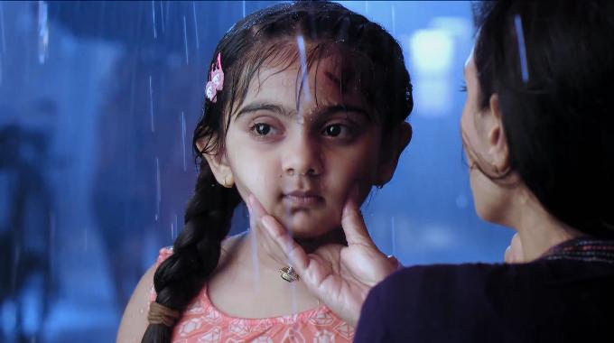 Vai diễn Avni bé nhỏ sớm chịu sóng gió cuộc đời giúp Arsheen vụt sáng.