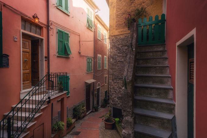 Những con hẻm \'bí mật\' đẹp như cổ tích ở Italy