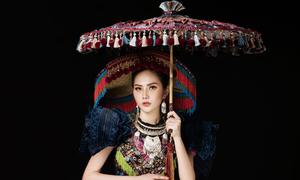 Diệu Linh mặc trang phục dân tộc H'Mông ở Nữ hoàng Du lịch Quốc tế 2018