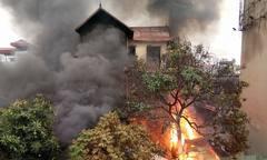 Đám cháy khiến một người tử vong ở Vĩnh Tuy xuất phát từ cửa hàng ga