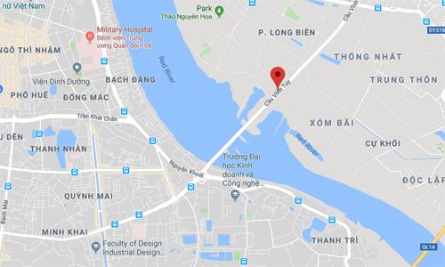 Cầu Vĩnh Tuy bắc qua sông Hồng, nối hai quận đông dân của Hà Nội là Hai Bà Trưng và Long Biên.
