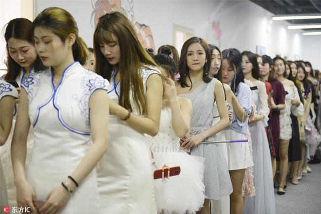 Đây là ngôi trường dạy làm ngôi sao mạng xã hội có đông học viên theo học nhất từ trước đến nay ở Trung Quốc và dự kiến sẽ còn gia tăng trong thời gian sắp tới. Ảnh: Image China.