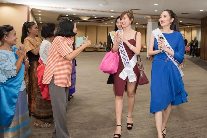 Tối 10/5, các thí sinh Nữ hoàng Du lịch Quốc tế 2018 dự tiệc chào mừng của ban tổ chức tại tỉnh Rayong, nằm phía Đông Nam Thái Lan.