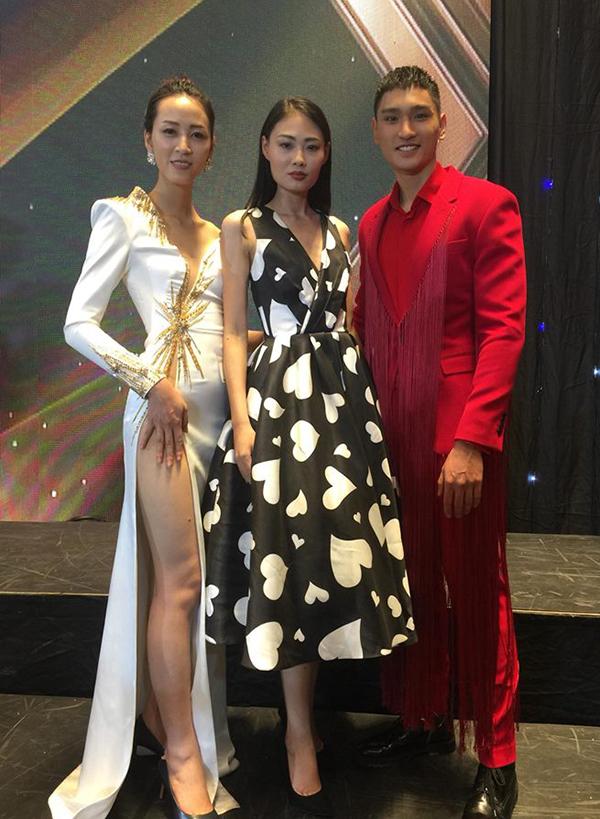 Mai Giang cùng hai bạn đồng nghiệp góp mặt tại sự kiện vừa tổ chức tại Hàn Quốc.