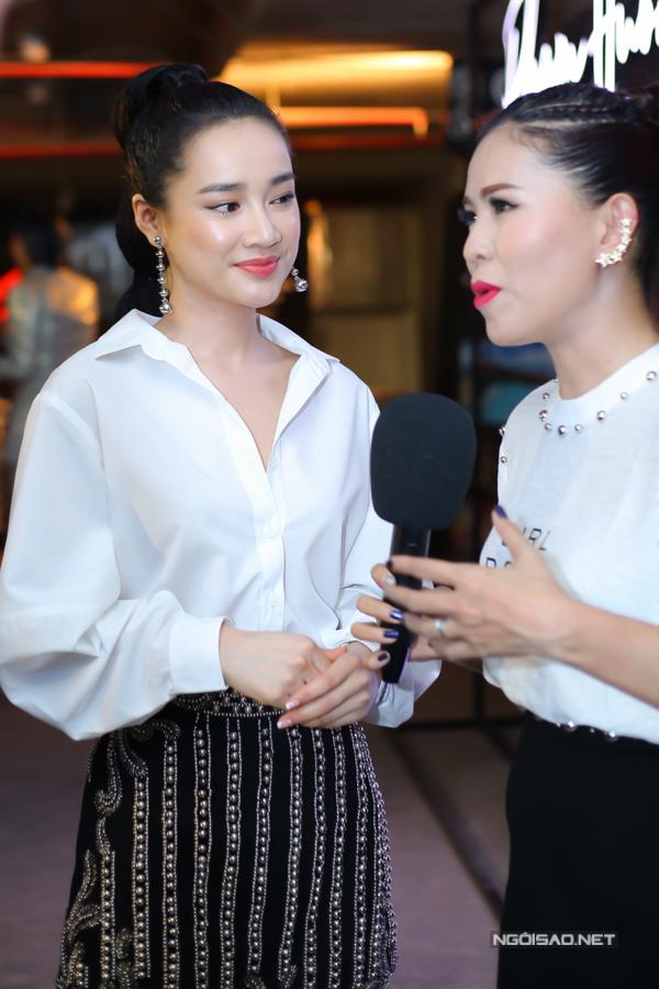 Nhã Phương né Khánh My khi chạm mặt ở show thời trang - 3