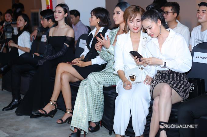 Nhã Phương né Khánh My khi chạm mặt ở show thời trang - 5