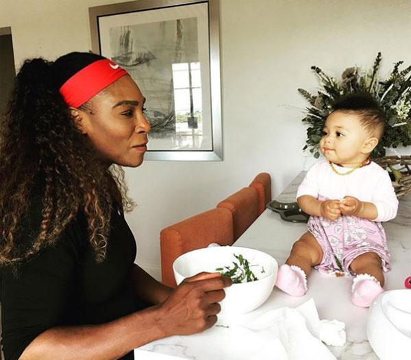 Serena hạnh phúc bên chồng và con gái đầu lòng. Ảnh: NS.