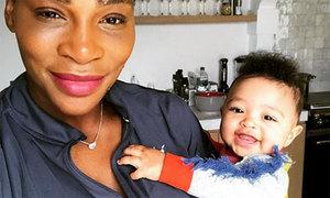 Serena Williams khoe ảnh con gái giống bố như đúc