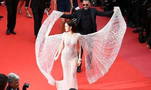 Mỹ nhân đẹp nhất Thái Lan Araya Chompoo 'tung cánh' trên thảm đỏ Cannes