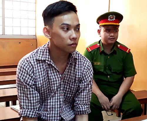 Bị cáo Minh tại tòa. Ảnh: Bình Nguyên.