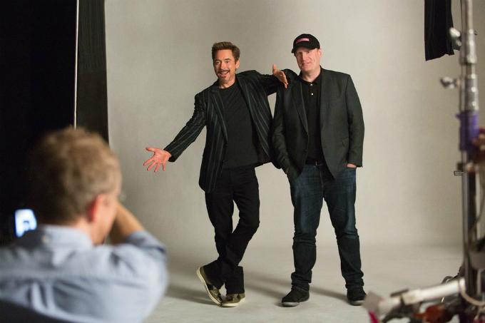 Phim Người Sắt (năm 2008) thay đổi số phận của cả diễn viên Rober Downey Jr. (trái)và Marvel Studios. Ảnh:Vanity Fair.