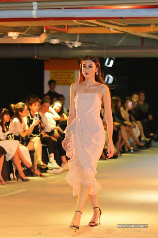 Với gam màu trung tính, nhẹ nhàng, các thiết kế của Girl Bosssẽ phù hợp và mang lại sự thoải mái cho hầu hết các cô gái.
