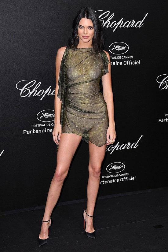 Kendall Jenner là khách mời của bữa tiệc Chopard trong khuôn khổ liên hoan phim Cannes hôm 11/5.