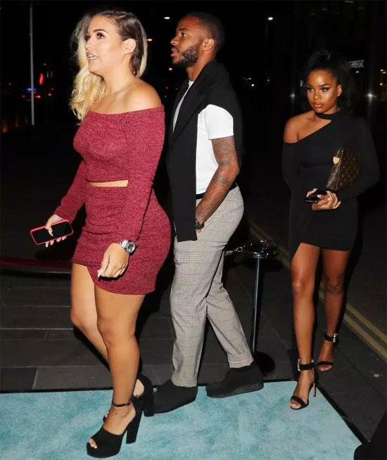 Sterling đưa cả cô vợ Paige Milian đi cùng tới bữa tiệc.