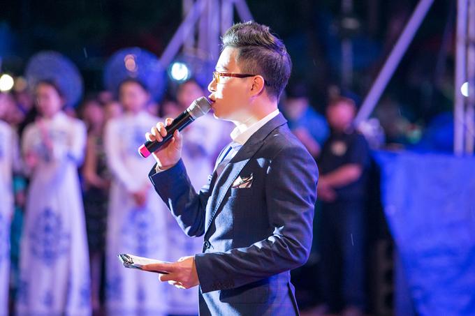 MC Trịnh Lê Anh đảm nhận vai trò dẫn dắt sự kiện tối qua.