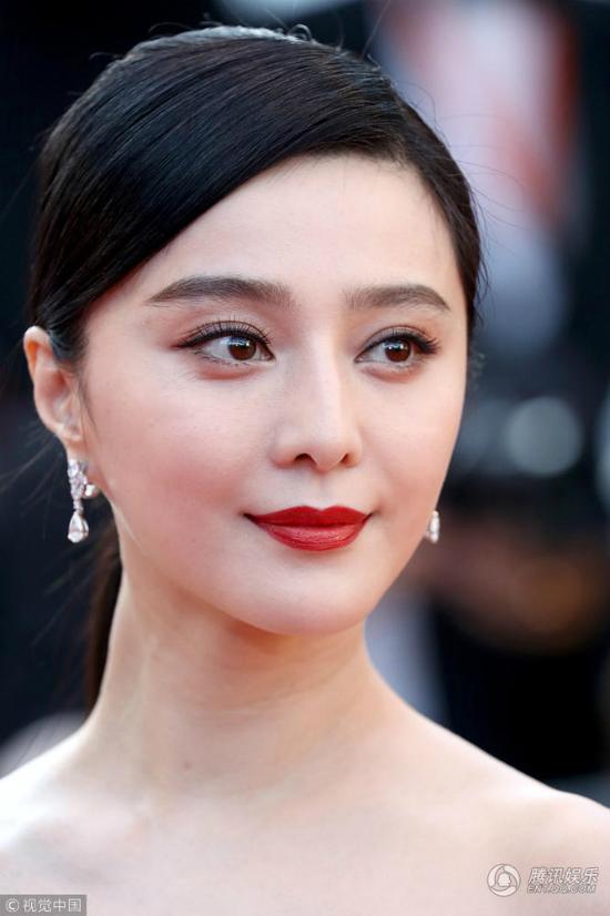Phạm Băng Băng hóa đóa hồng nhung kiêu sa trong ngày thứ 4ở Cannes - 3
