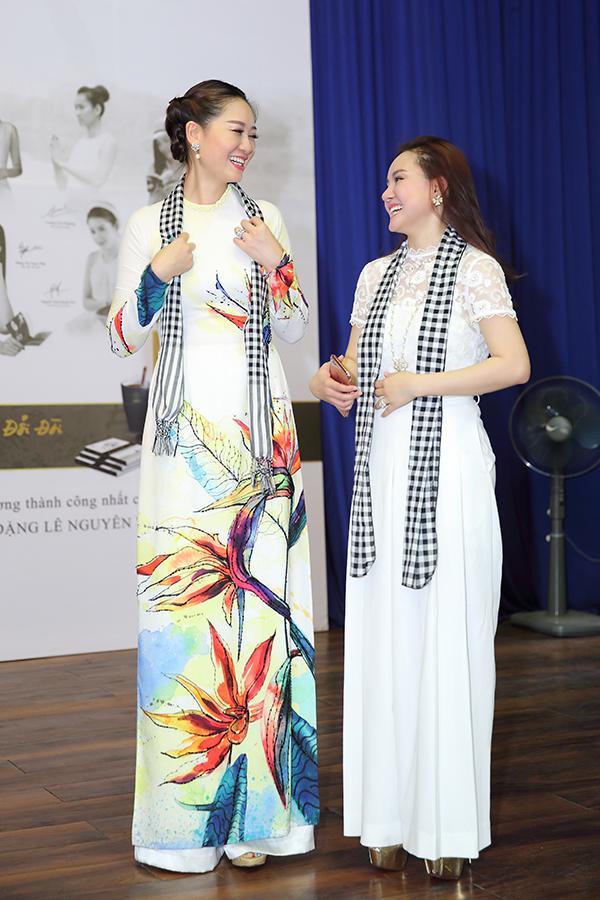 Hoa hậu Đàm Lưu Ly, Vy Oanh đi nói chuyện với sinh viên - 2