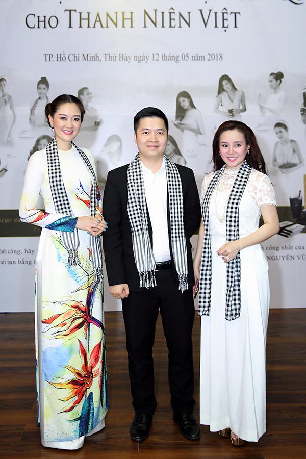 Hoa hậu Đàm Lưu Ly, Vy Oanh đi nói chuyện với sinh viên - 3