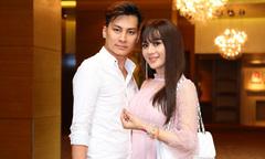 Chồng trẻ tháp tùng Lâm Khánh Chi đi sự kiện