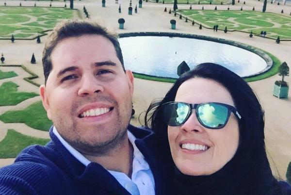 Họ hàng của cặp đôi gấp rút tổ chức đám tang cho cặp đôi vào đúng ngày họ dự định kết hôn. Ảnh: Matt Roper.