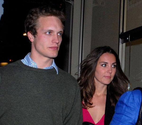 Kate và Henry được bắt gặp đi cùng nhau vào năm 2007, 2 tháng sau khi cô và hoàng tử Anh chia tay. Ảnh: Camera Press.