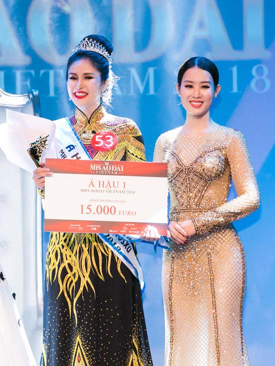 Phí Thùy Linh vượt mặt vợ cũ Phan Thanh Bình, đoạt vương miện Mrs Áo dài 2018 - 7