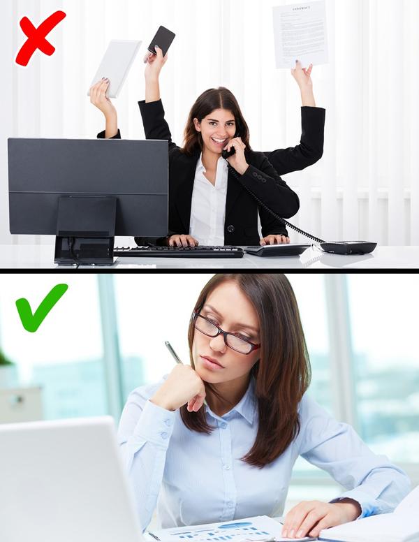 Tránh xa stress Stress là một trong những nguyên nhân đầu bảng gây tăng cân. Bạn nên thu xếp công việc một cách hợp lý, không để bản thân quá stress.