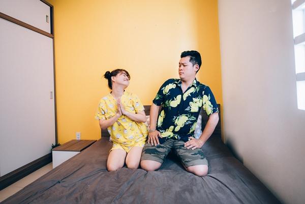 Dù luôn nhủ lòng từ từ thôi để cho nhau thêm thời gian, nhưng sau chuyến công tác dài ngày, Trang gặp Minh liên tục. Cảm xúc khiến họ chẳng muốn chờ đợi thêm nên cả hai quyết định yêu luôn.